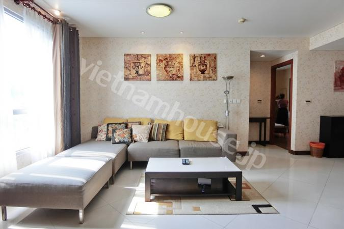 Luxury space to living in Le Thanh Ton area District 1.