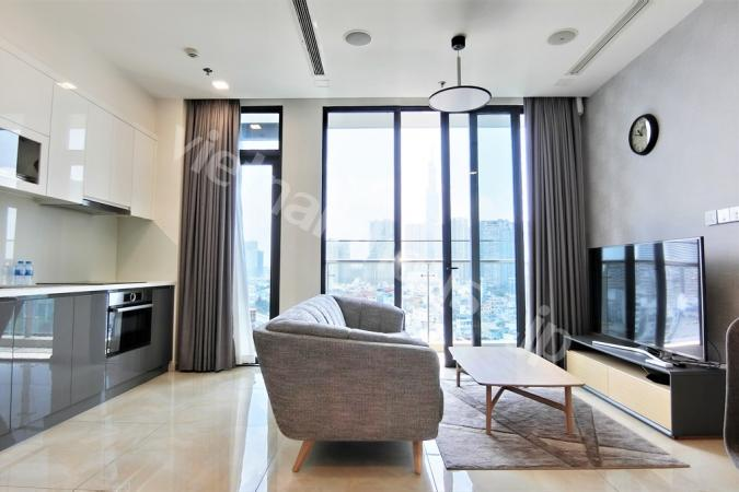Exquisitely furnished Vinhomes apartment following by river and city view