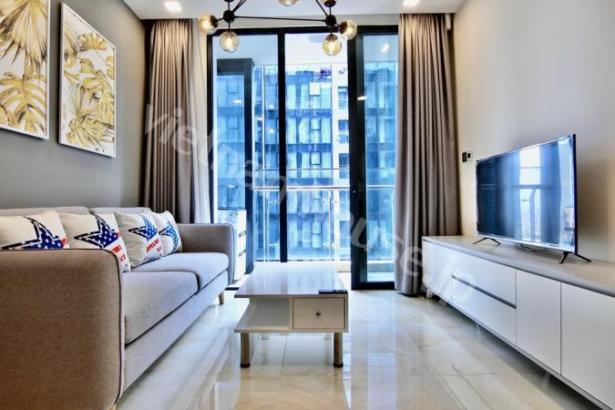 Morden designed interior apartment on high floor