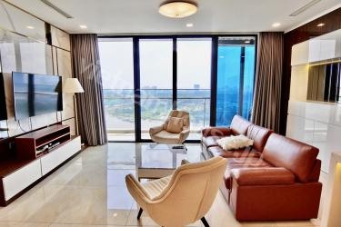 Highly recommended Vinhomes Golden River apartment