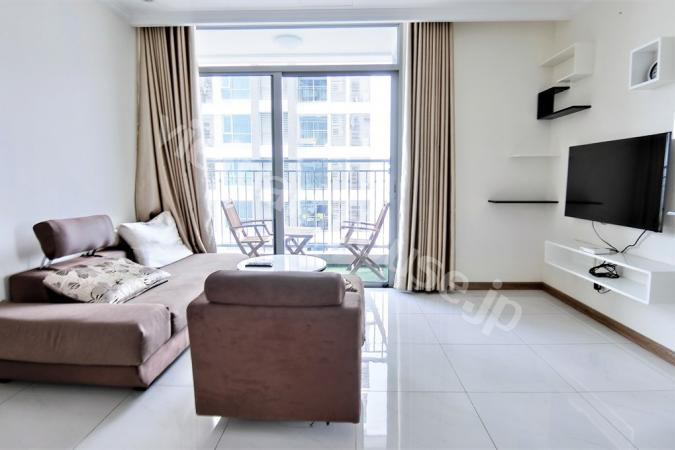 Three bedroom Vinhomes apartment on high floor