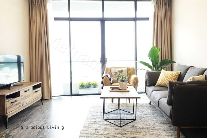 Elegant and spacious apartment in City Garden