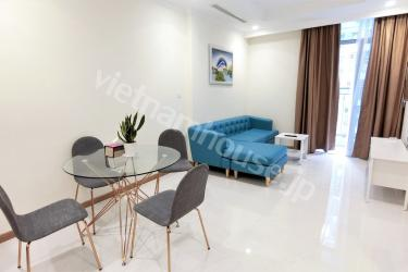 Blue sofa in VInhomes makes an impression on tenants