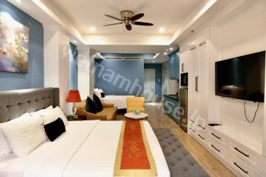 Luxurious and elegantly designed apartment next to Ben Thanh Market