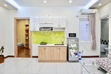Renovated 1 bedroom apartment near Nhieu Loc canal