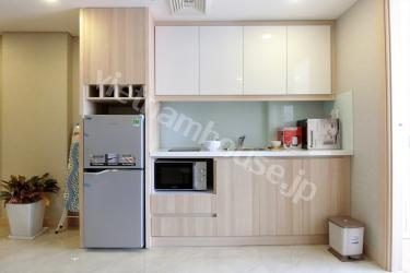 Well-executed serviced apartment near two central districts